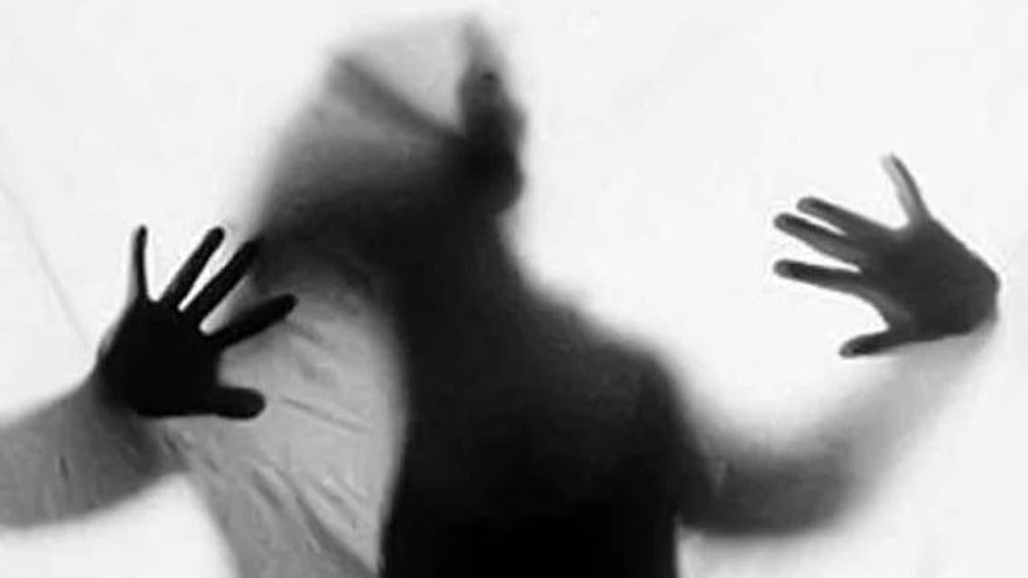 تجاوز گروهی به یک زن ایرانی در روز تولد او