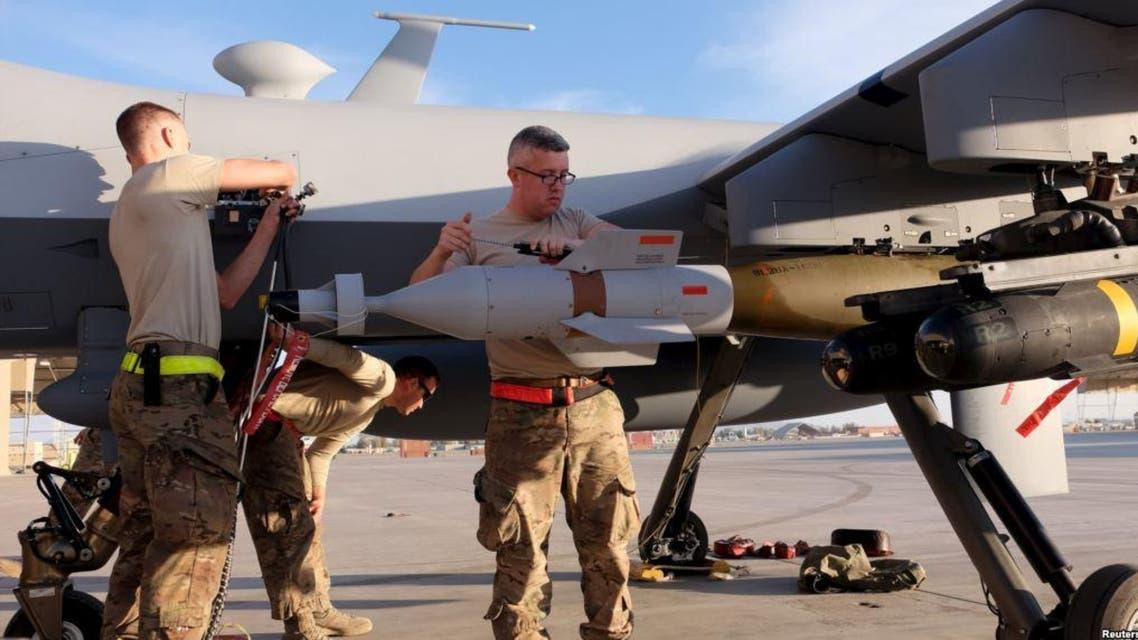 نیروهای خارجی مواضع طالبان در ارزگان افغانستان را بمباران کردند