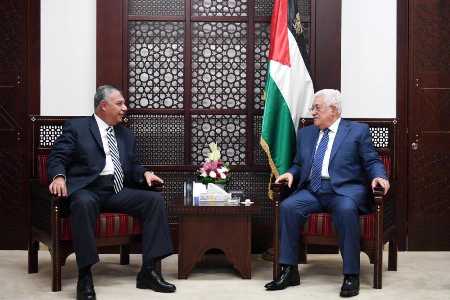 عباس خلال لقائه رئيس المخابرات المصرية