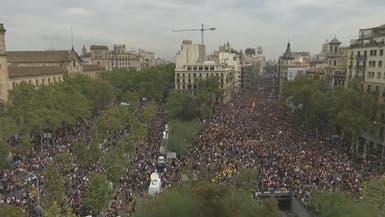 تواصل الاحتجاجات ضد عنف الشرطة في برشلونة