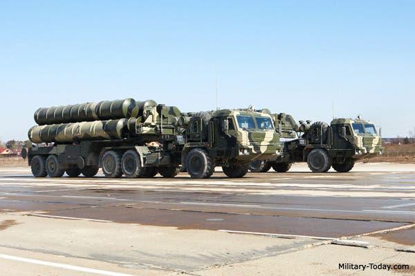نظام الدفاع الجوي المتقدم S-400 الروسي