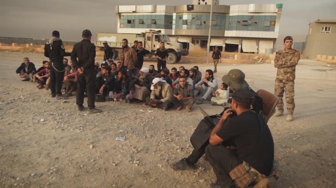 THUMBNAIL_ العراق يحتجز المئات من عناصر استسلموا من داعش