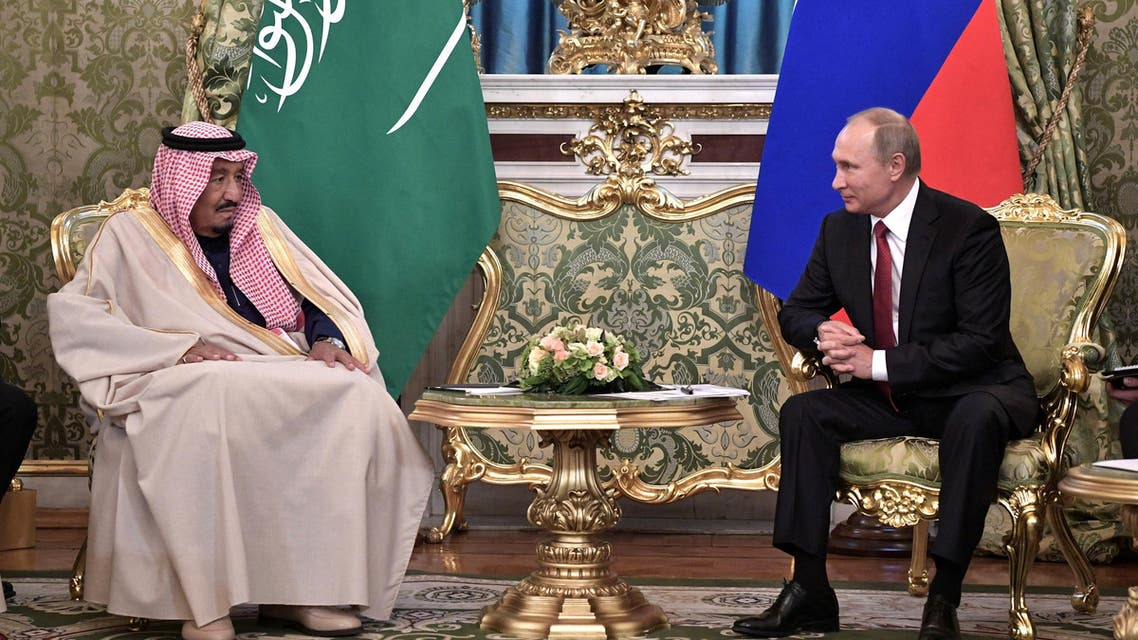 Russian President Vladimir Putin (R) meets with Saudi Arabia's King Salman in the Kremlin in Moscow, Russia October 5, 2017. Sputnik/Alexei Nikolsky/Kremlin via REUTERS ATTENTION EDITORS - THIS IMAGE WAS PROVIDED BY A THIRD PARTY.
