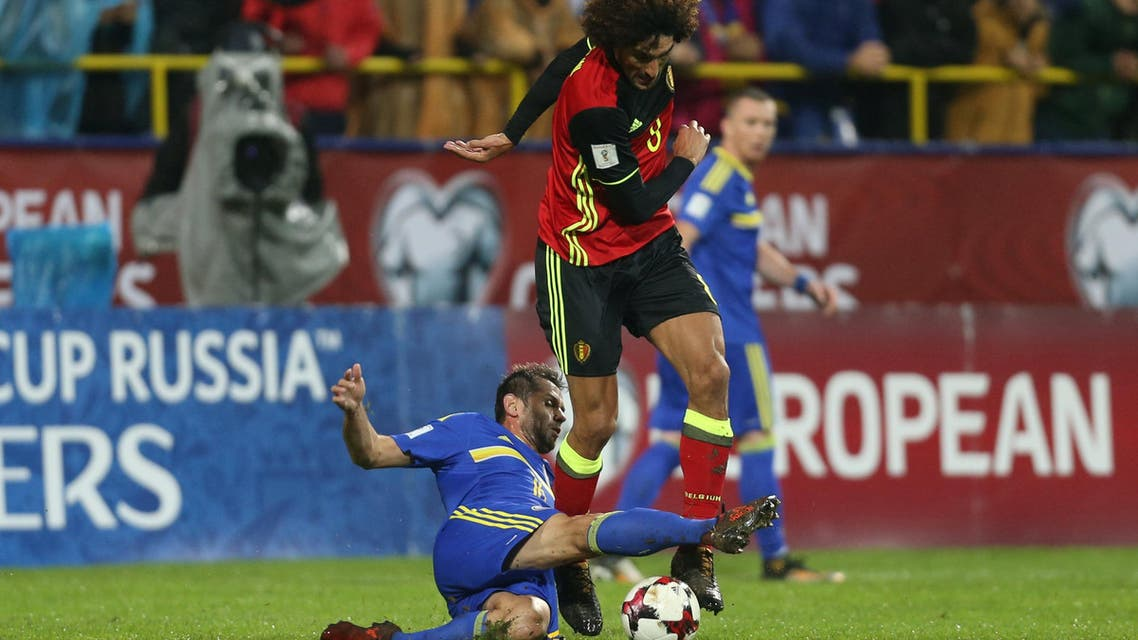 Bosnia's Senad Lulic in action with Belgium's Marouane Fellaini during the 2018 World Cup Qualifier match in Sarajevo on October 7, 2017. (Reuters)