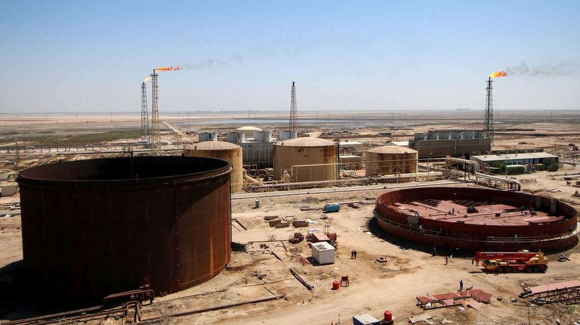 A general view shows the al-Shuaiba oil refinery in southwest Basra, Iraq April 20, 2017. (Reuters)