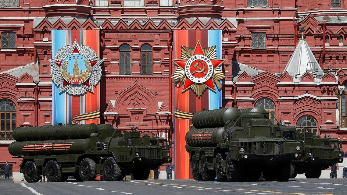 Russian army S-400 Triumph medium-range and long-range surface-to-air missile system rehearse before the World War II anniversary in Moscow. (Reuters)