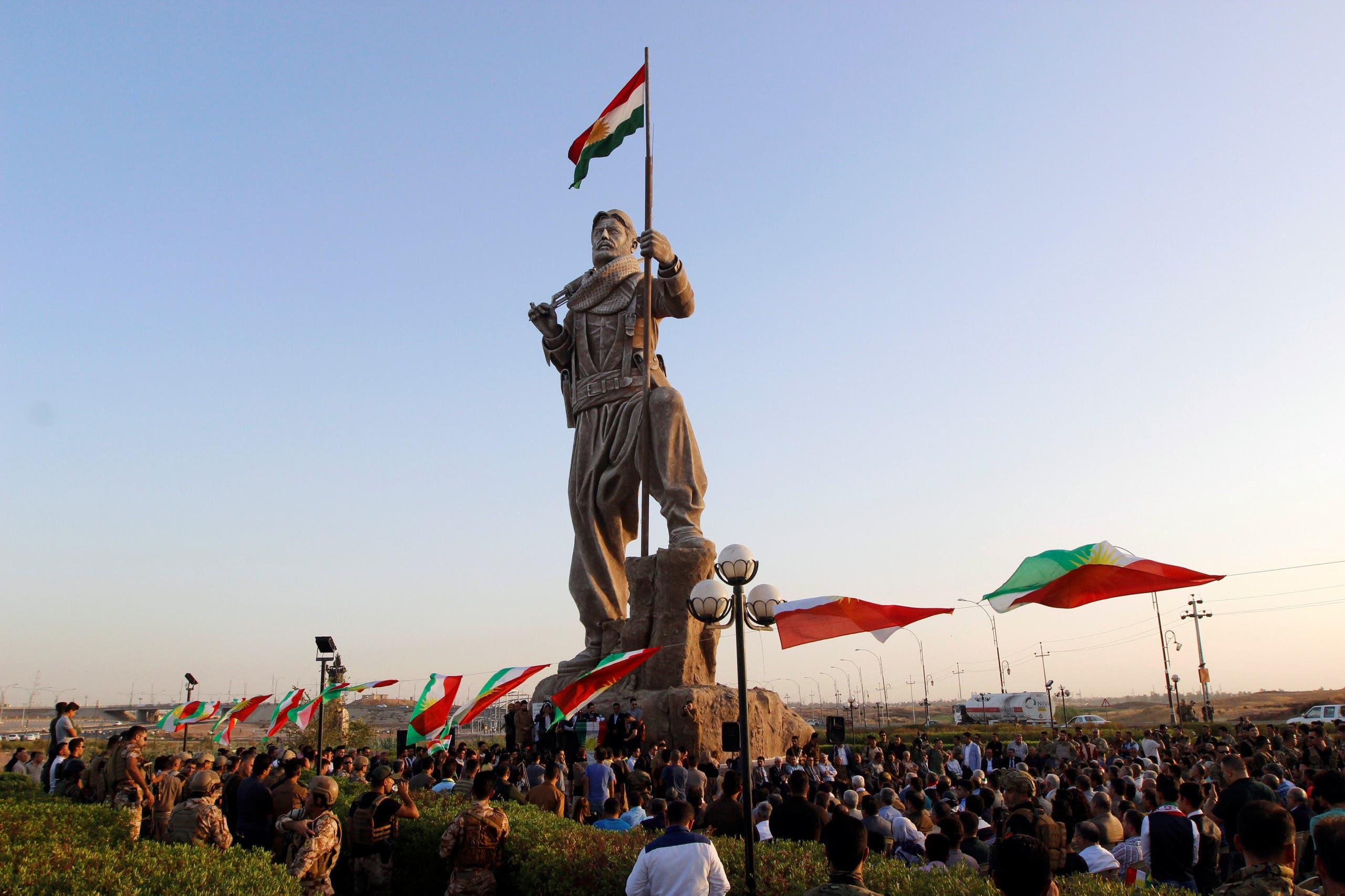 Newly unveiled statue in Kirkuk pays tribute to the Peshmerga, Iraqi Kurdistan's main fighting forces in Kirkuk, Iraq September 23, 2017. REUTERS/Ako Rasheed