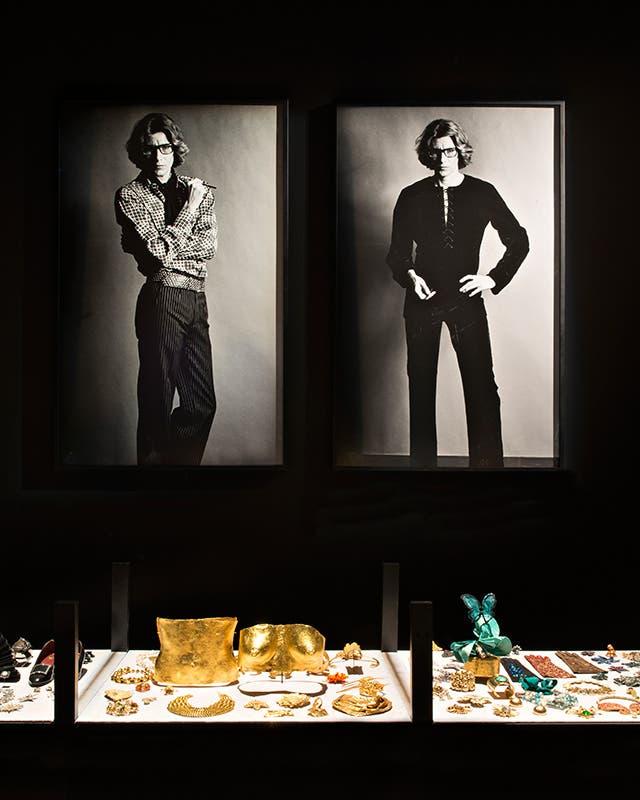 صور للمصمم إيف سان لوران داخل المتحف