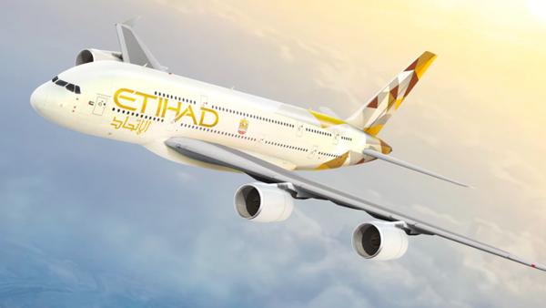 الإمارات.. تعليق رحلات الطيران إلى إيطاليا باستثناء روما