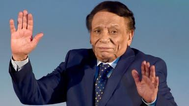 """فيديو.. عادل إمام يضع إعلاميين مصريين في """"مواقف محرجة"""""""