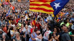 فرحة كتالونية بعد موافقة برلمان الإقليم على إعلان الانفصال