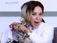 """بالفيديو.. مذيعة قصت شعرها على الهواء بسبب """"الثأر""""!"""