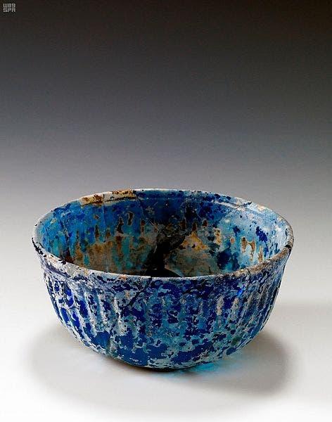 أواني زجاجية فريدة تعود للألف الأول قبل الميلاد