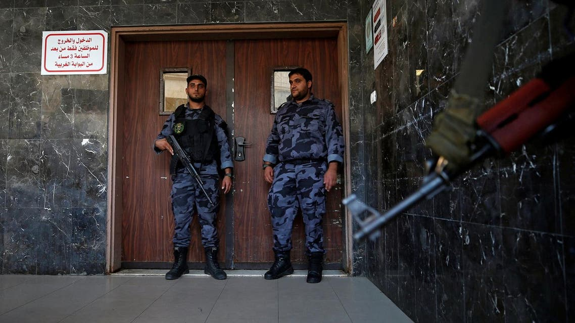 Palestinian Hamas security forces guard outside the hospital after Hamas' security chief Tawfeeq Abu Naeem was wounded in a car bombing, in Gaza City October 27, 2017. REUTERS/Mohammed Salem