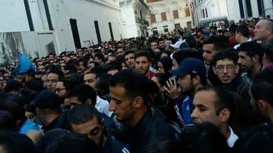 بالصور.. تدافع الطلاب للهجرة لفرنسا يصدم جزائريين