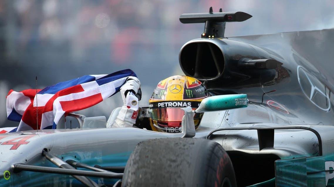 F1 - Formula 1 - Mexican Grand Prix 2017 - Mexico City, Mexico - October 29, 2017 Mercedes' Lewis Hamilton celebrates after winning the World Championship REUTERS/Edgard Garrido