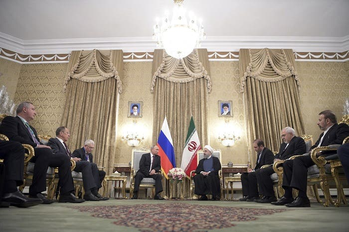 Members of the Russian and Iranian delegations, led by Presidents Vladimir Putin (4th L) and Hassan Rouhani (4th R), attend a meeting in Tehran, Iran November 1, 2017. (Reuters)