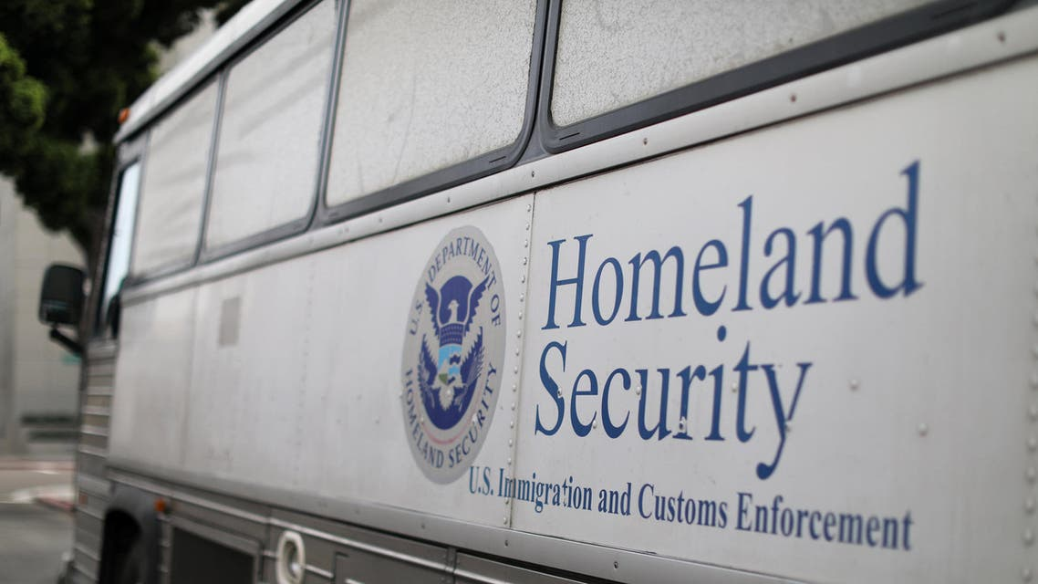 A Homeland Security Immigration and Customs Enforcement (ICE) bus is seen parked outside a federal jail in San Diego, California, U.S. October 19, 2017. REUTERS/Mike Blake