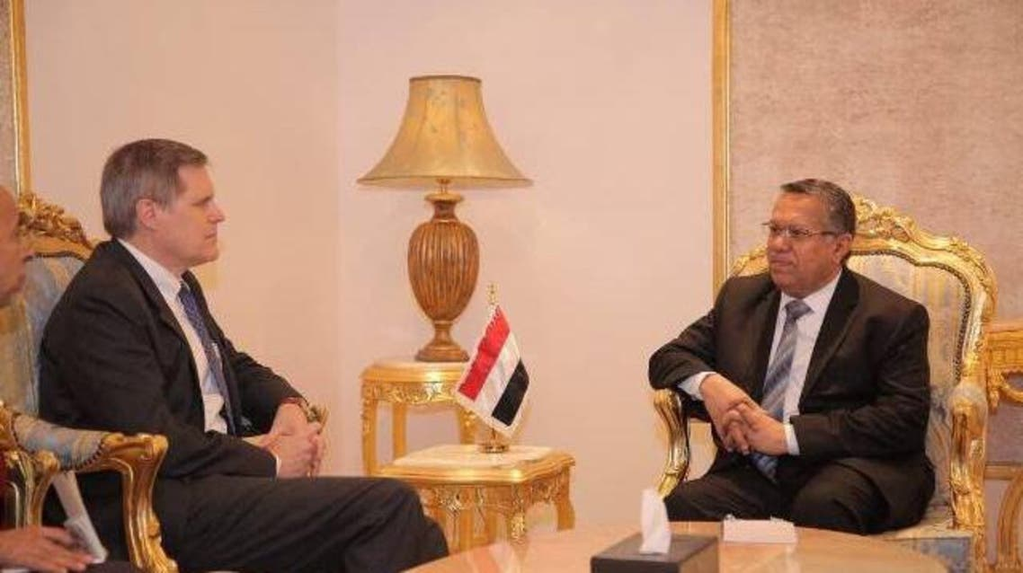 بن دغر والسفير الأميركي لدى اليمن