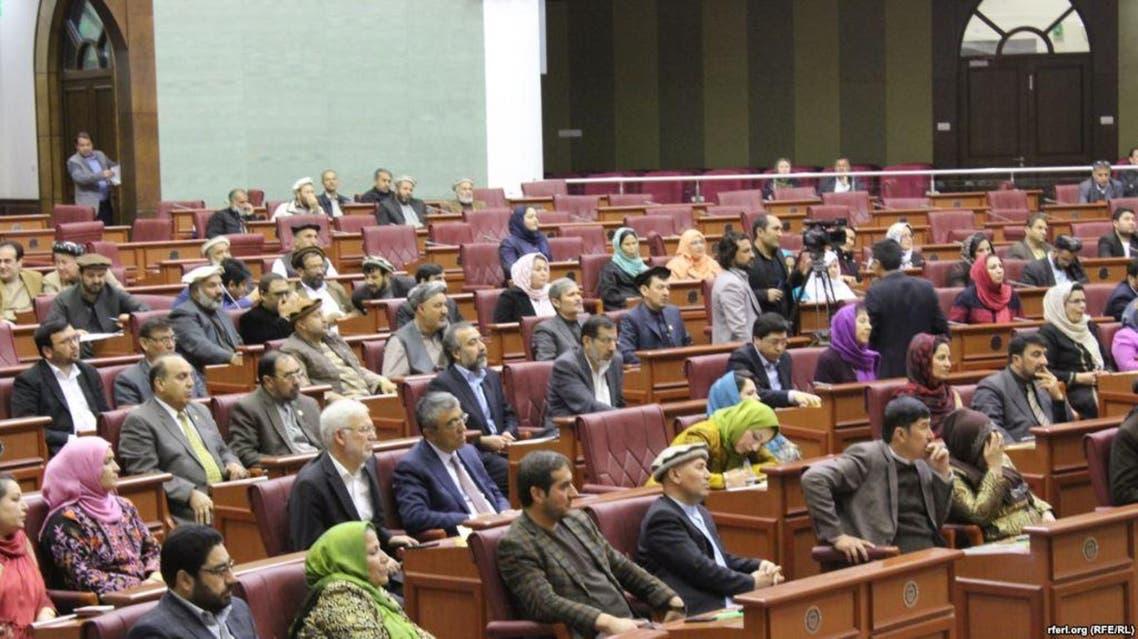 افغانستان...رییس دارالانشای پارلمان برطرف و برخی مقامهای دیگر جریمه نقدی شدند