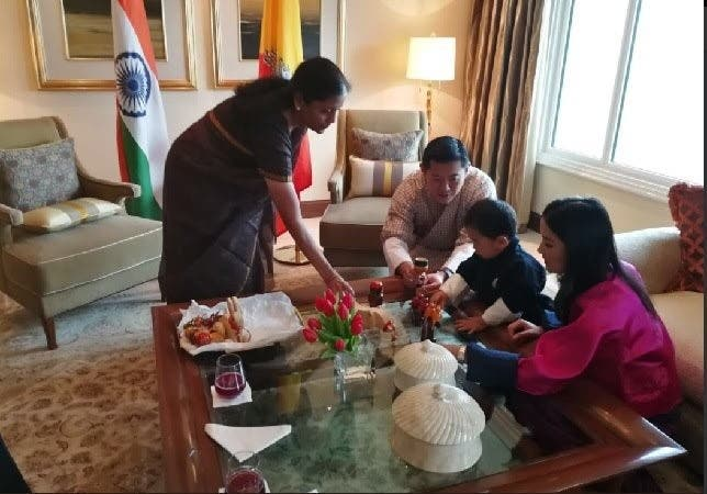 Defense Minister Nirmala Sitharaman presented traditional Indian toys to the kid. (Supplied)