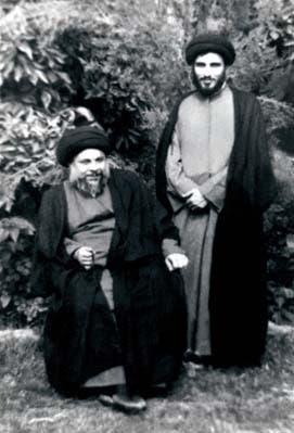 محمود هاشمی شاهرودی در کنار محمد باقر صدر از مراجع شیعه در شهر نجف- عکس بیش از 40 سال پیش