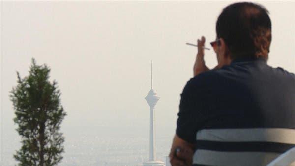 إيران.. الحرس الثوري يكثف اعتقالاته لمزدوجي الجنسية