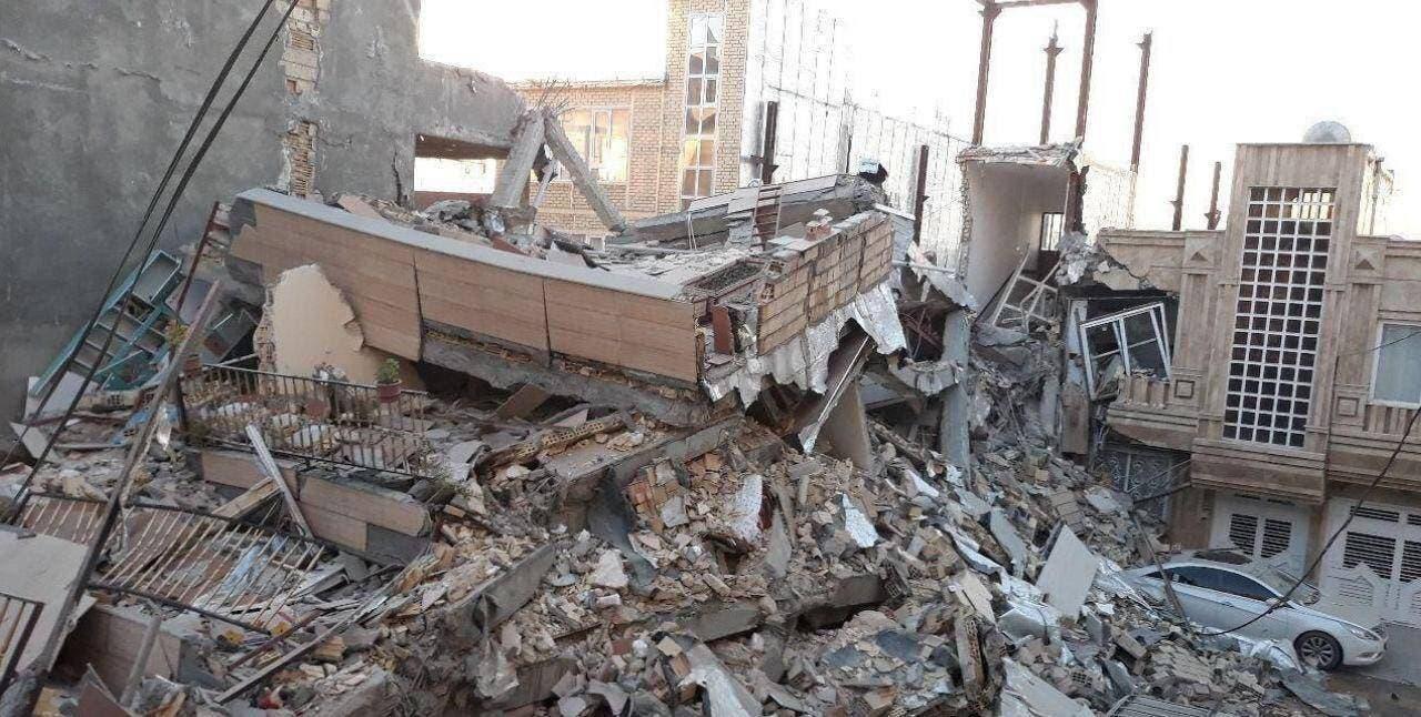 من زلزال سابق في إيران