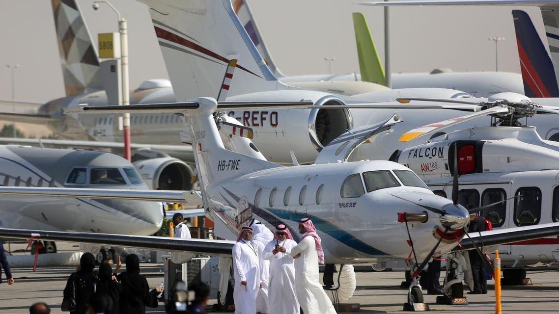 Visitors are seen during the Dubai Airshow in Dubai, UAE November 13, 2017. (Reuters)