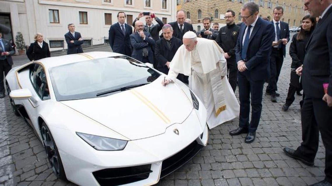 لامبورغيني لبابا الفاتيكان