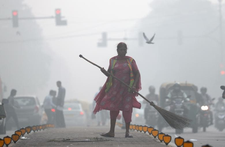 India in pictures: Delhi's toxic smog