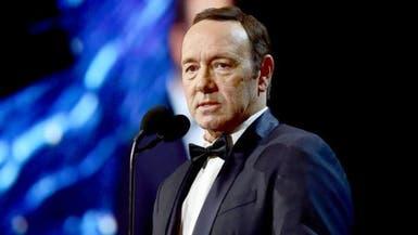 """""""مجزرة تحرش"""" تلاحق ممثل هوليود الشهير.. 20 رجلا يتهمونه"""