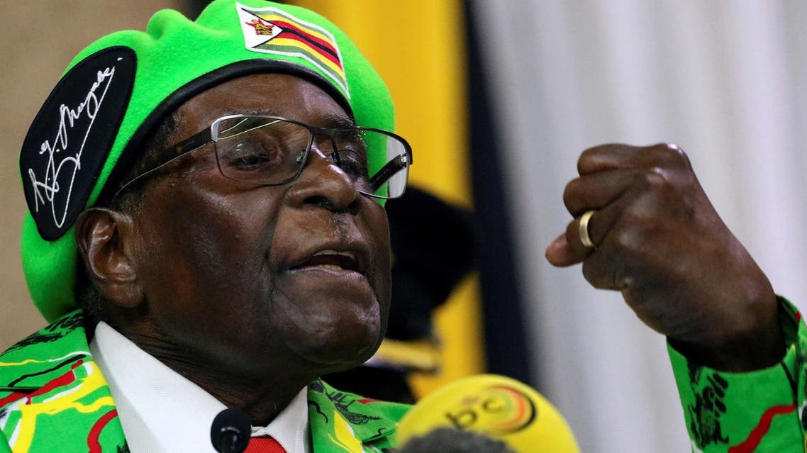 Mugabe addresses a meeting of his ruling ZANU PF party's youth league in Harare, on October 7, 2017. (Reuters)
