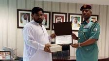 چور کو پکڑنے پر پاکستانی شہری کیلئے شارجہ پولیس کا اعزاز