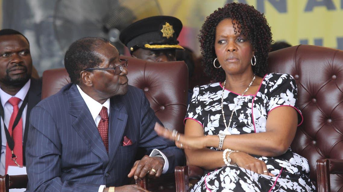 موغابي وزوجته في عيد ميلاده الـ92 عام 2016