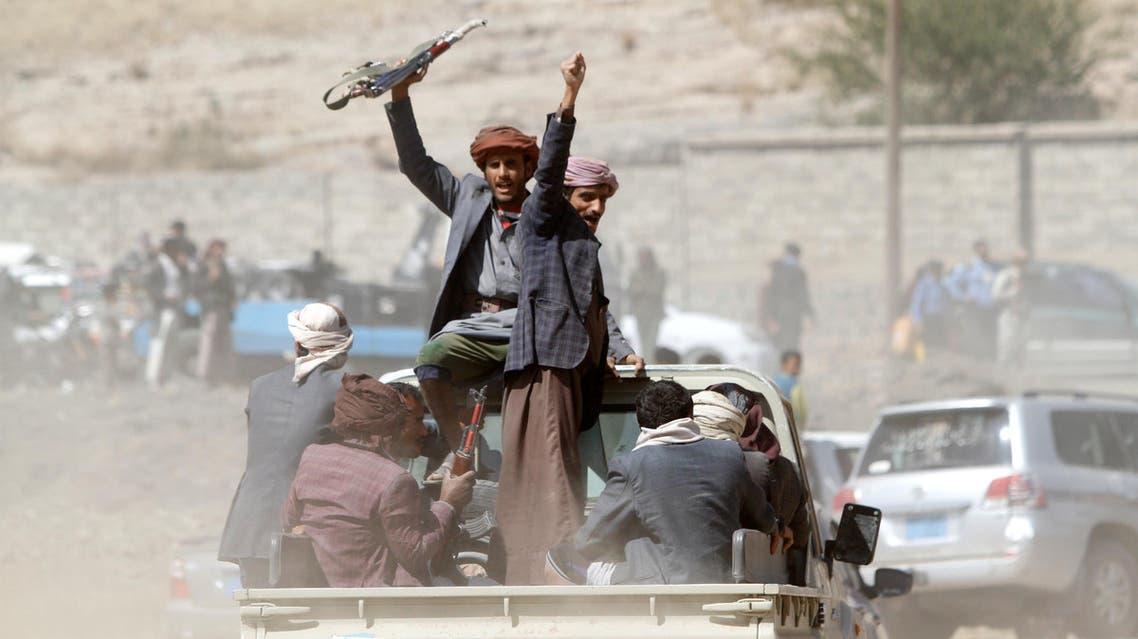 عناصر من ميليشيات الحوثي في اليمن 3