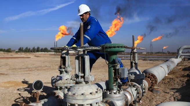 مصدر: انفجار يعطل تدفق النفط في خط أنابيب من العراق إلى تركيا