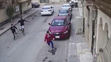 القبض على حامل الساطور الذي حاول اختطاف طفلين بالرياض
