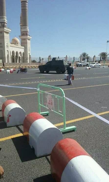 صورة نشرها ناشطون موالون للمخلوع قالوا إنها لقواتهم في محيط دامع الصالح