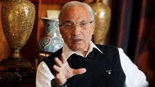 محامية أحمد شفيق تقابله في أحد فنادق القاهرة