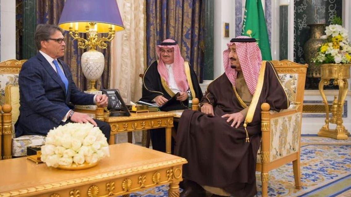 الملك سلمان ووزير الطاقة الأميركي