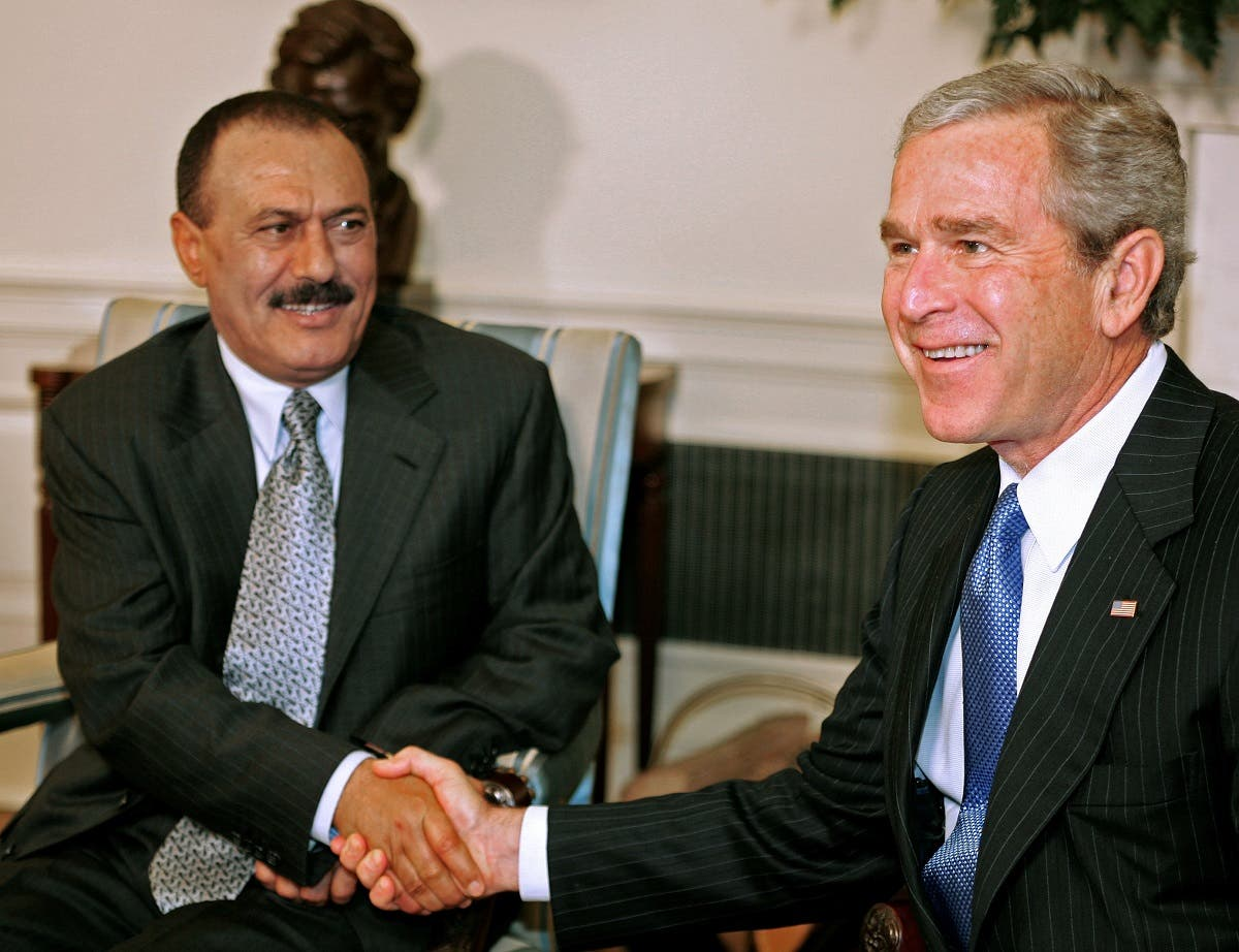 علی عبدالله صالح به همراه جورج دبلیو بوش رئیس جمهوری اسبق آمریکا