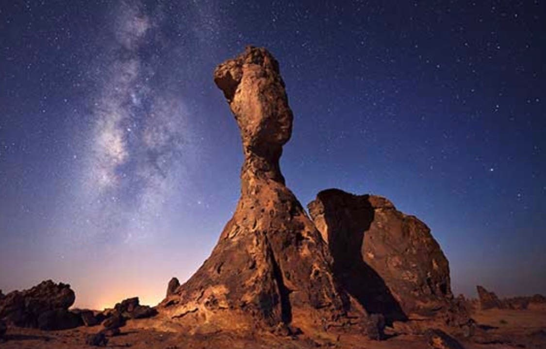 شاهد.. هذا كل ما تبقى من جبل عملاق شمال السعودية