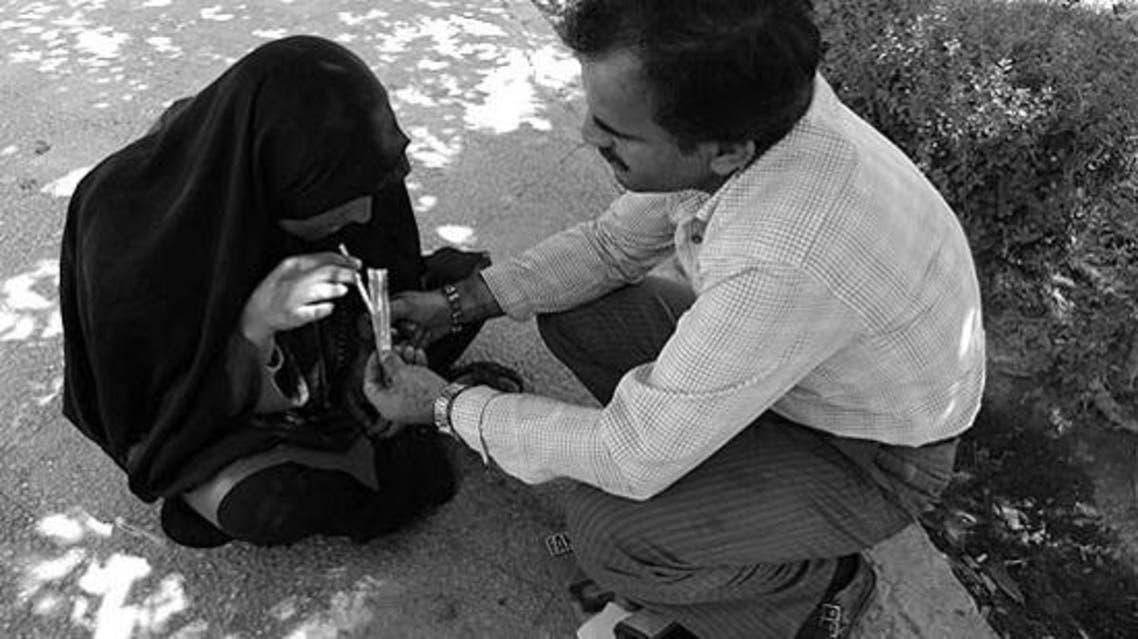 ایران شهروندان معتاد خود را به افغانستان میفرستد