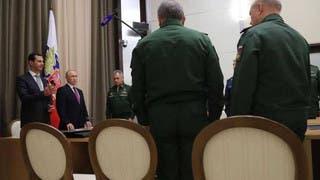في زيارة مفاجئة.. بوتين يلتقي الأسد بقاعدة حميميم