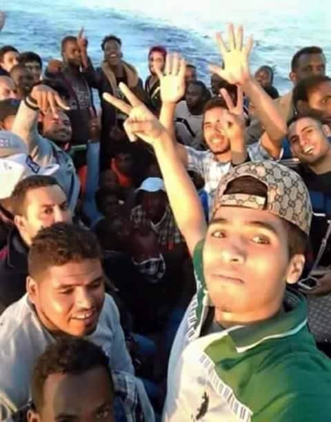 صورة عرضتها بعض الصفحات لمهاجرين وصلوا الى صقلية من ليبيا