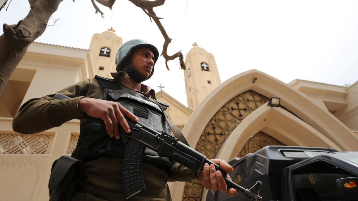 Egyptian police protecting a church. (Reuters)
