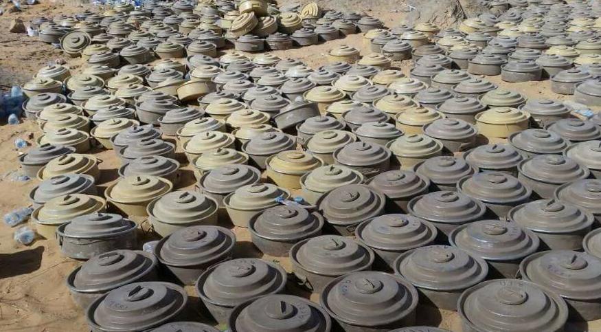 ألغام انتزعها الجيش اليمني زرعها الحوثيون قبل طردهم من مناطق في الجوف