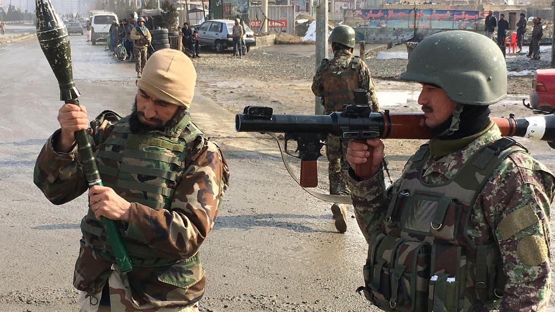 صورة من موقع الهجوم على مبنى التدريب العسكري في كابل 18-12-2017