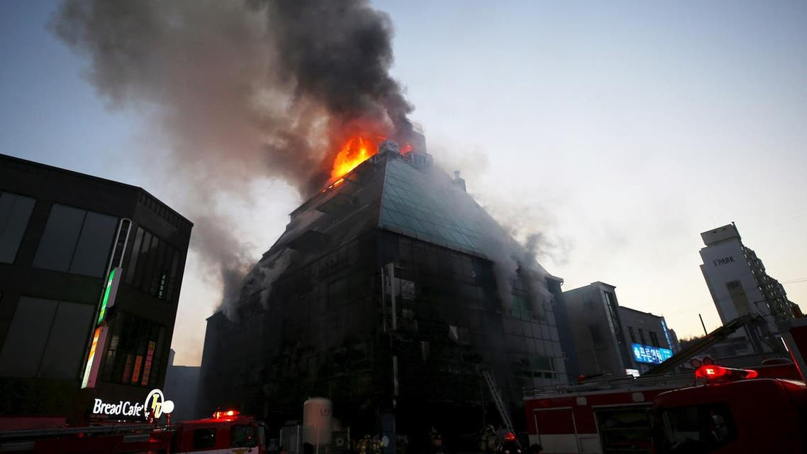 Sixteen people died and more than 10 others were injured in a fire that engulfed a commercial building in Jecheon on December 21, 2017. (AFP)